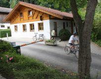2012-Camping-Stein-Sanitärgebäude-Steigung